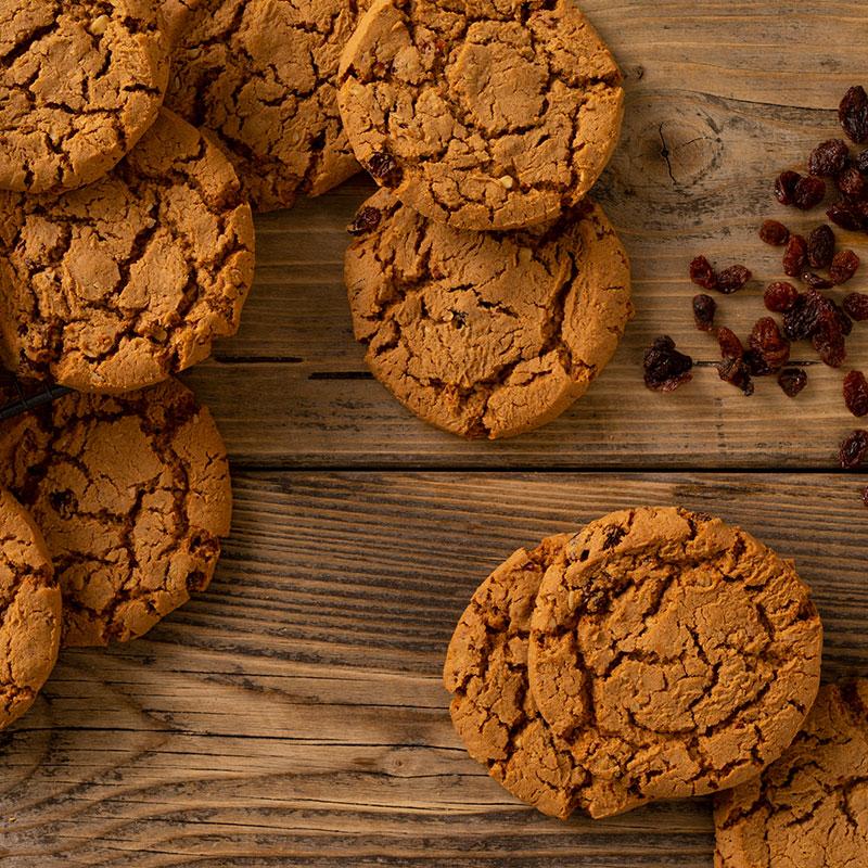 Oat & Raisin Cookies x 18